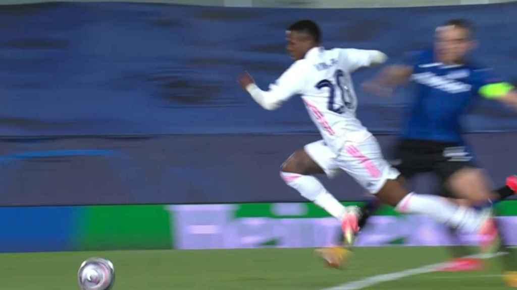 Penalti sobre Vinicius