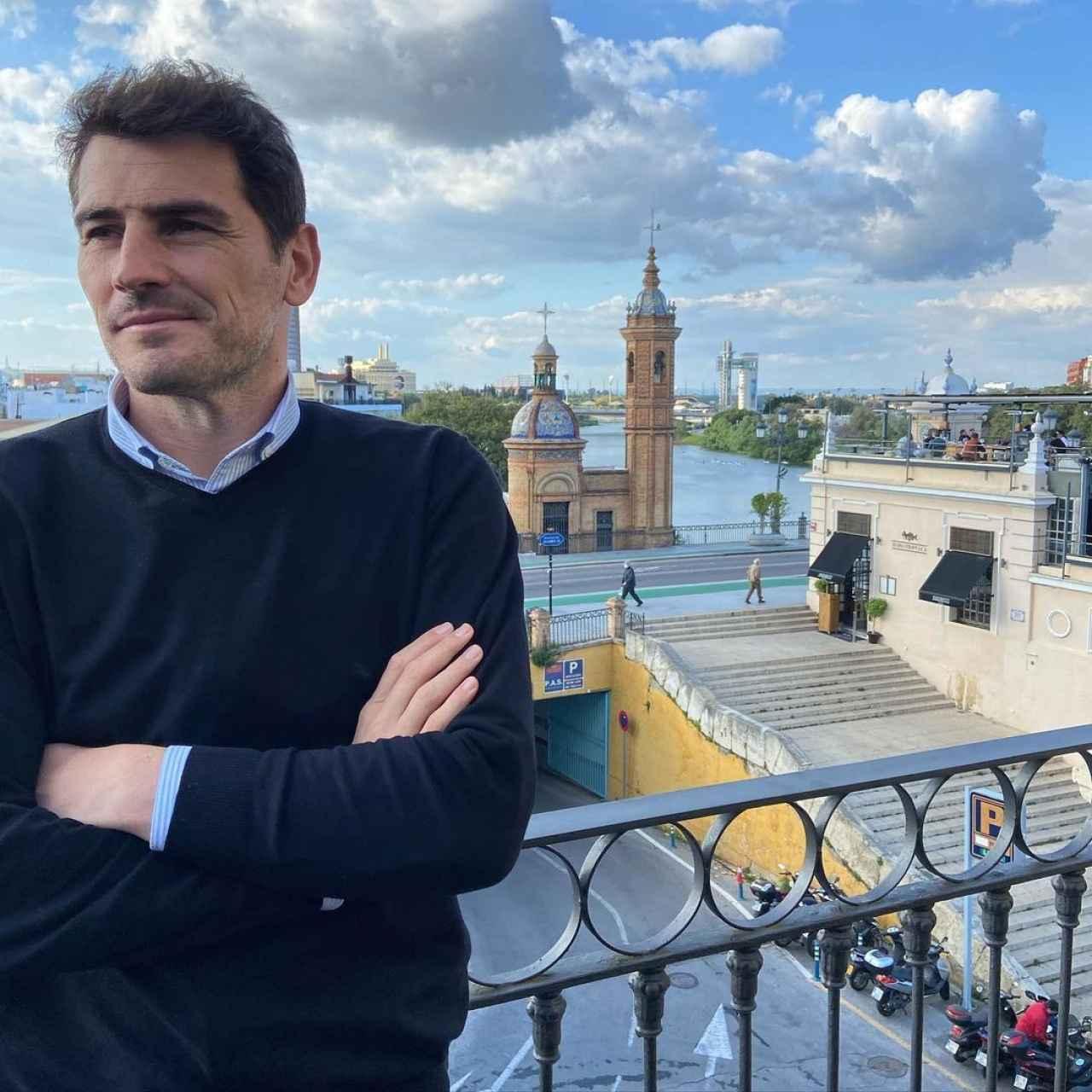 Casillas en la imagen que compartió de su estancia en Sevilla.
