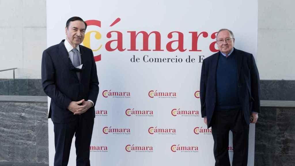 José Luis Bonet y Pedro J. Ramírez momentos antes del inicio del V Foro FP Dual El Español