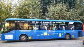 Autobús con propulsión mixta que incluye el uso de gas renovable.