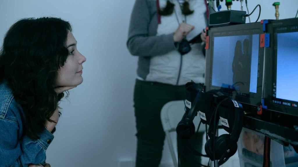 Nadia De Santiago tras la cámara de 'El tiempo que te doy'.