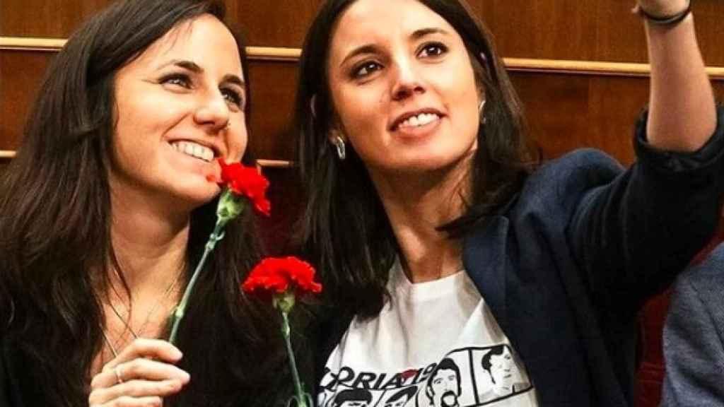 Ione Belarra e Irene Montero en el Congreso de los Diputados en 2017.