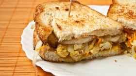 Unos sándwiches elaborados con curry.