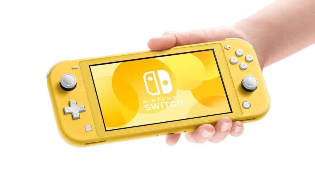 La Nintendo Switch Lite en color amarillo.