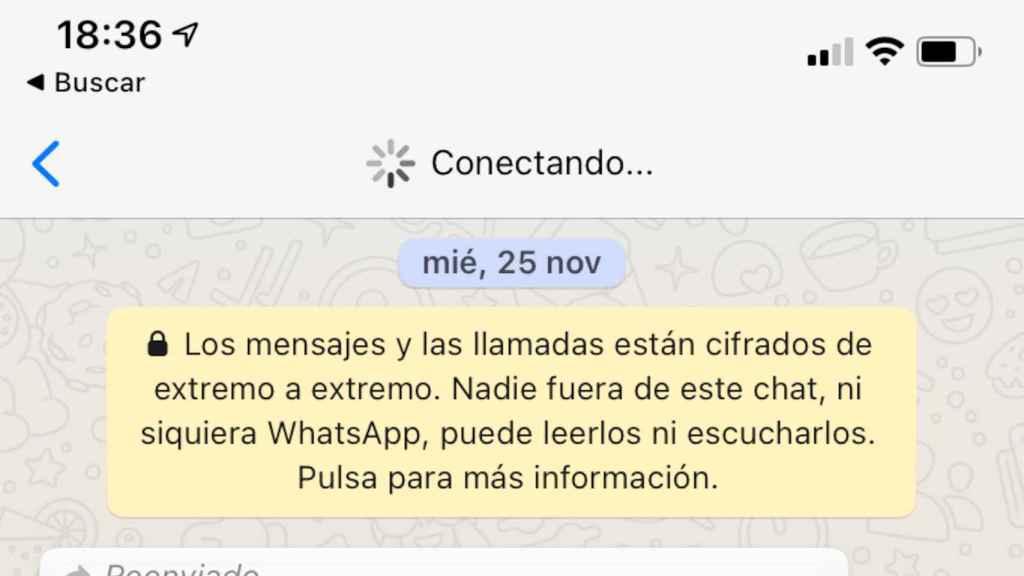 La app de WhatsApp muestra un mensaje continuo de que está conectando