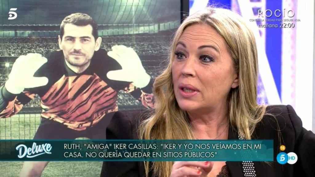 Ruth, la supuesta examiga especial de Iker Casillas, durante su entrevista en 'Deluxe'.
