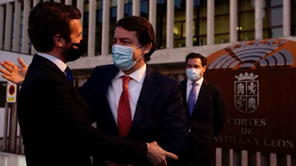 El presidente del PP, Pablo Casado, y el presidente de Castilla y León, Alfonso Fernández Mañueco, en imagen de archivo.