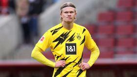 Haaland, molesto con el rendimiento del Borussia Dortmund