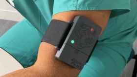 El brazalete wearable que detecta la Covid