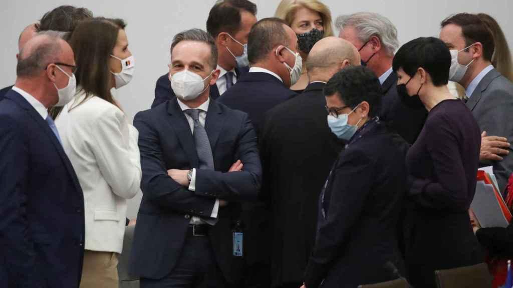Los ministros de Exteriores de la OTAN, durante la reunión de este martes