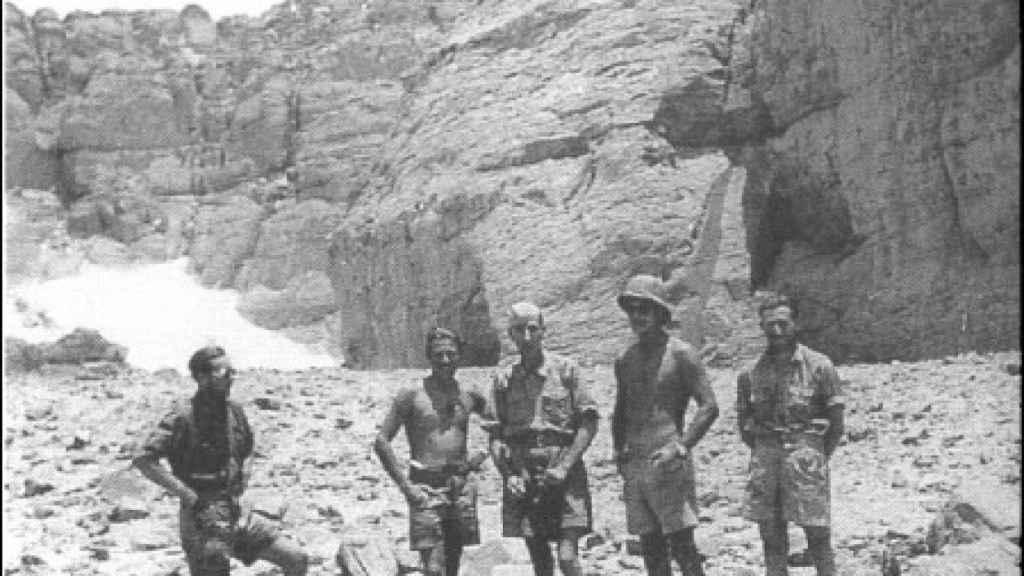 László Almásy y su equipo en Egipto.