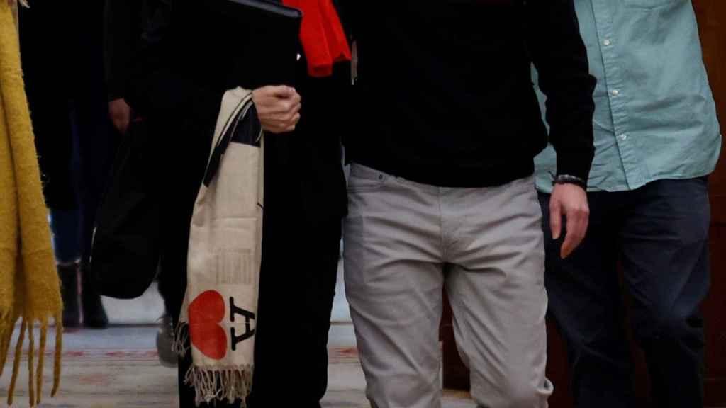 La ministra de Trabajo, Yolanda Díaz, y el todavía vicepresidente segundo del Gobierno, Pablo Iglesias, esta miércoles en el Congreso.