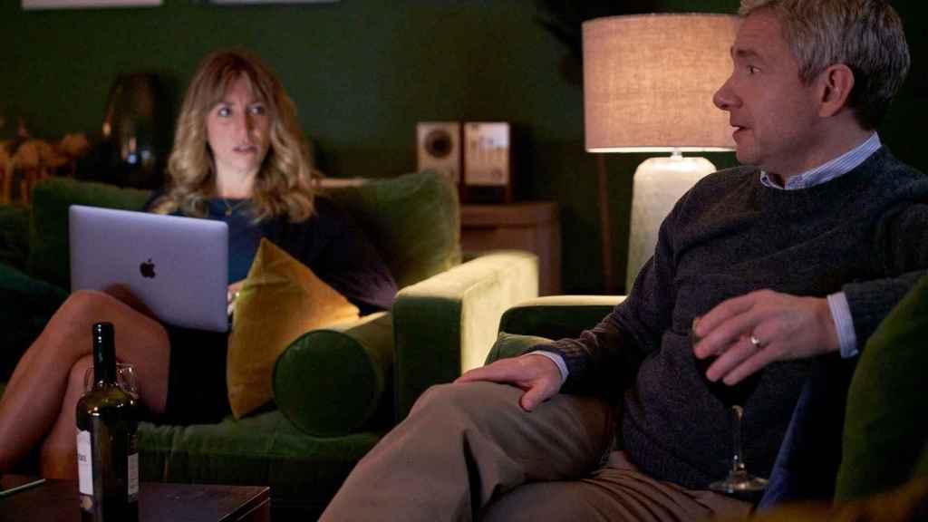 Daisy Haggard y Martin Freeman en la segunda temporada de la serie.