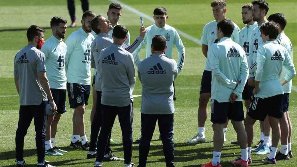 Luis Enrique durante el entrenamiento de la Selección