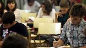 Alumnos, durante un examen en la Comunidad Valenciana. GVA