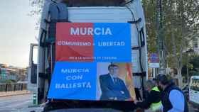 El PP toma las calles de  Murcia para protestar contra la moción de censura.