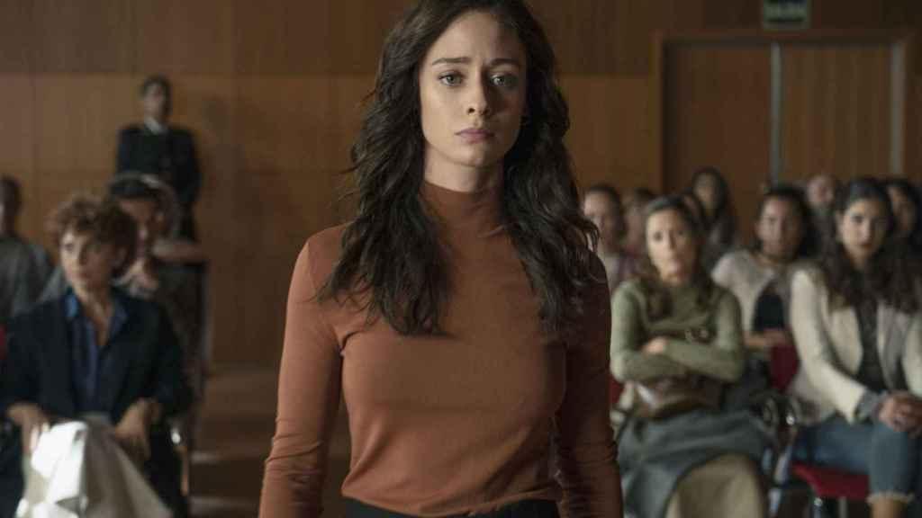 Elena Rivera en una escena de 'Alba', la adaptación española de 'Fatmagül'.