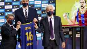 Pau Gasol presentado con el Barça