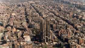 Vista aérea del distrito barcelonés del Ensanche.