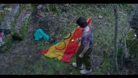 La controvertida quema de la bandera de España en 'Cuéntame' para hablar del conflicto catalán