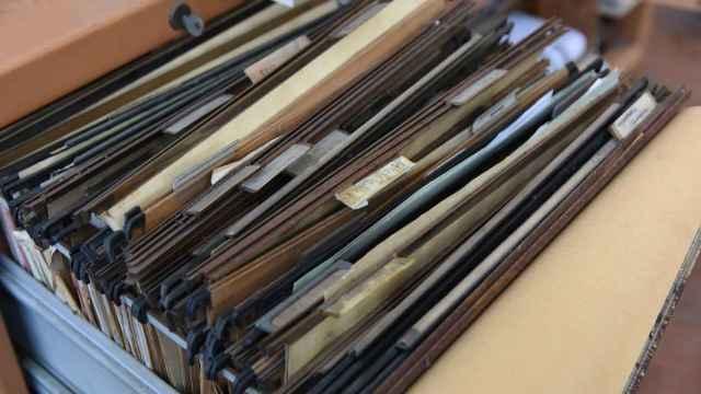 Un archivador de antiguos expedientes administrativos. FOTO: Pixabay.