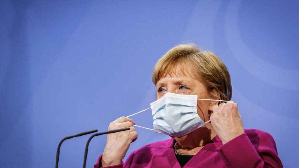 La canciller Angela Merkel, durante la rueda de prensa posterior a la videocumbre de este jueves