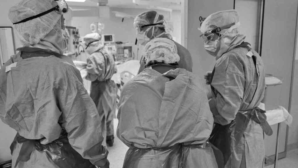 Un grupo de profesionales sanitarios.