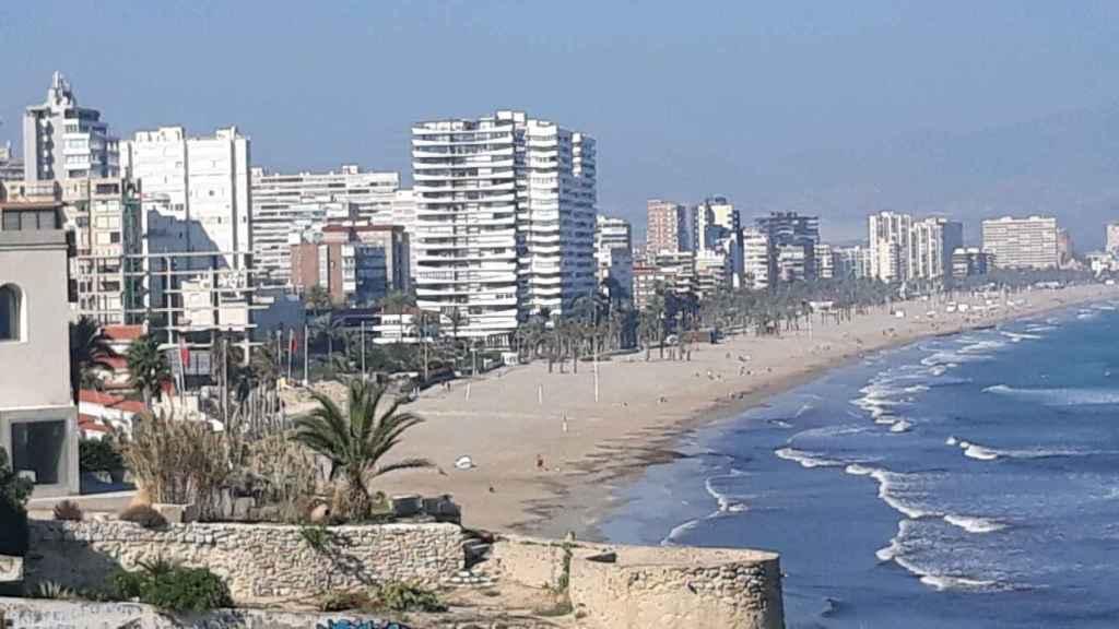 Playa de San Juan, donde la madrileña tenía su segunda residencia.