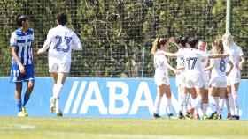 El Real Madrid Femenino celebra un gol contra el Deportivo