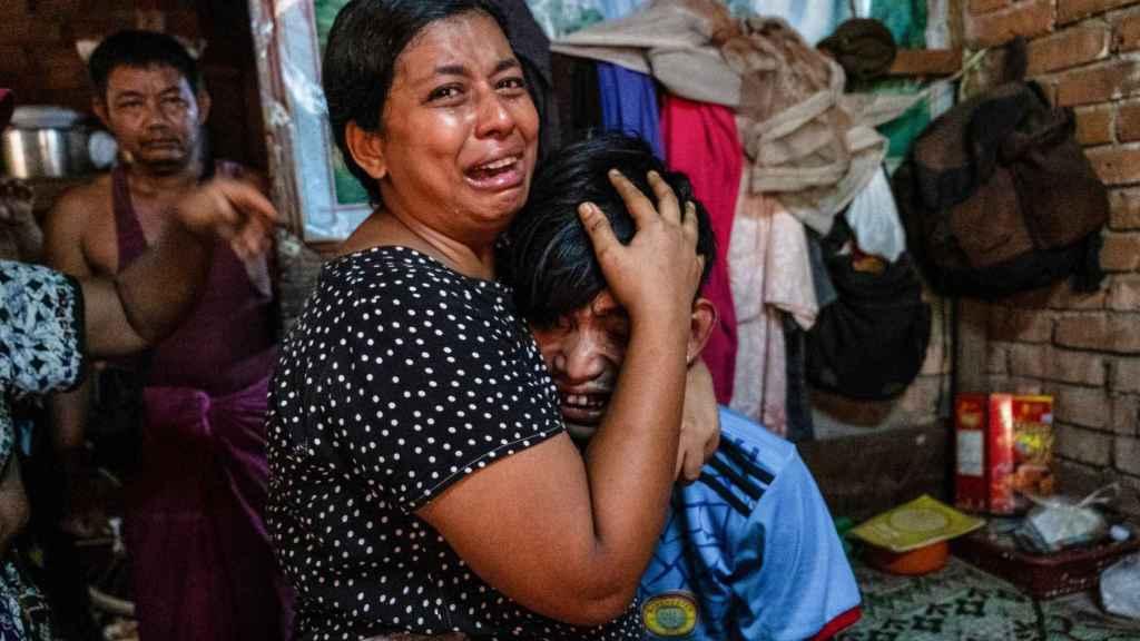 Los militares de Birmania desatan una matanza de civiles, incluidos niños