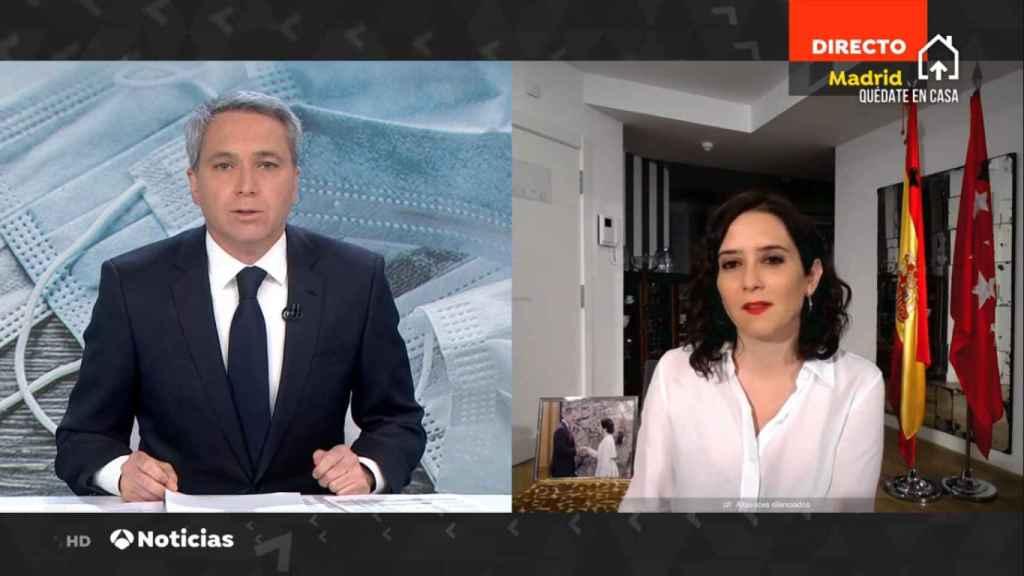 Vicente Vallés entrevistando a Isabel Díaz Ayuso