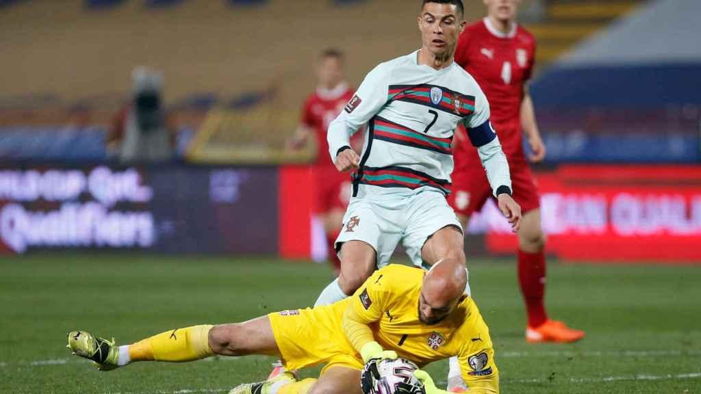 Cristiano Ronaldo con la selección de Portugal ante Serbia