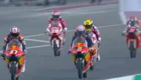 Jaume Masiá celebra su victoria en Moto3