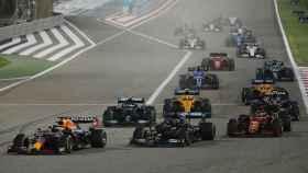 Verstappen liderando el GP de Bahrein de Fórmula 1