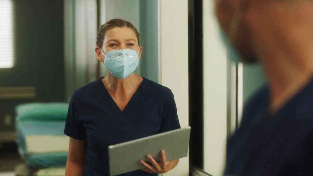 Meredith Grey en el episodio 17x01 de 'Anatomía de Grey'.
