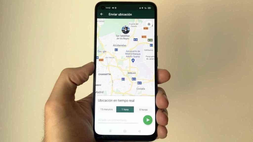 WhatsApp también permite compartir la ubicación en tiempo real.