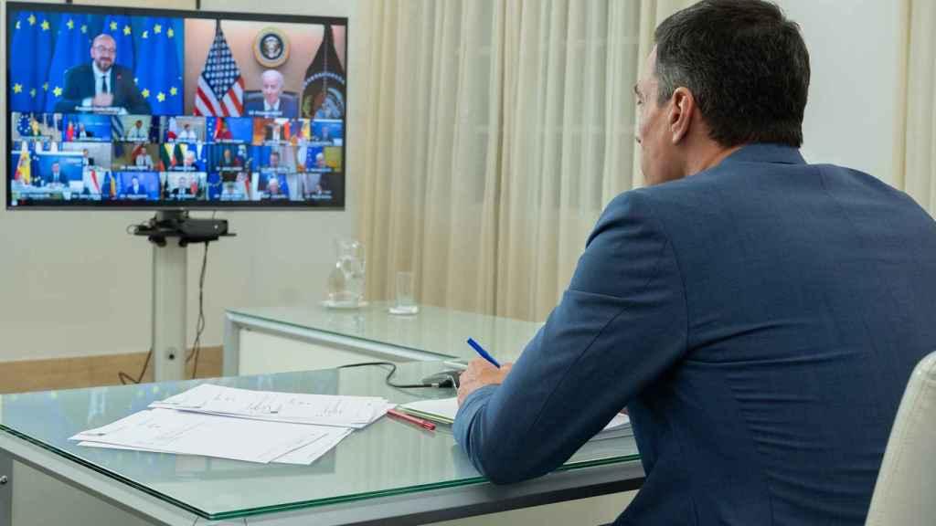 Pedro Sánchez, durante la videocumbre de los líderes de la UE con Joe Biden el pasado jueves