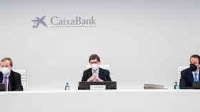 El presidente de CaixaBank, José Ignacio Goirigolzarri, junto al consejero delegado, Gonzalo Gortázar.