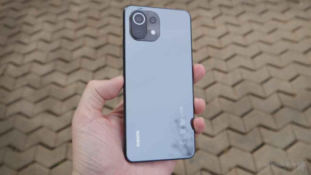 Xiaomi Mi 11 Lite, análisis: extremadamente ligero y delgado