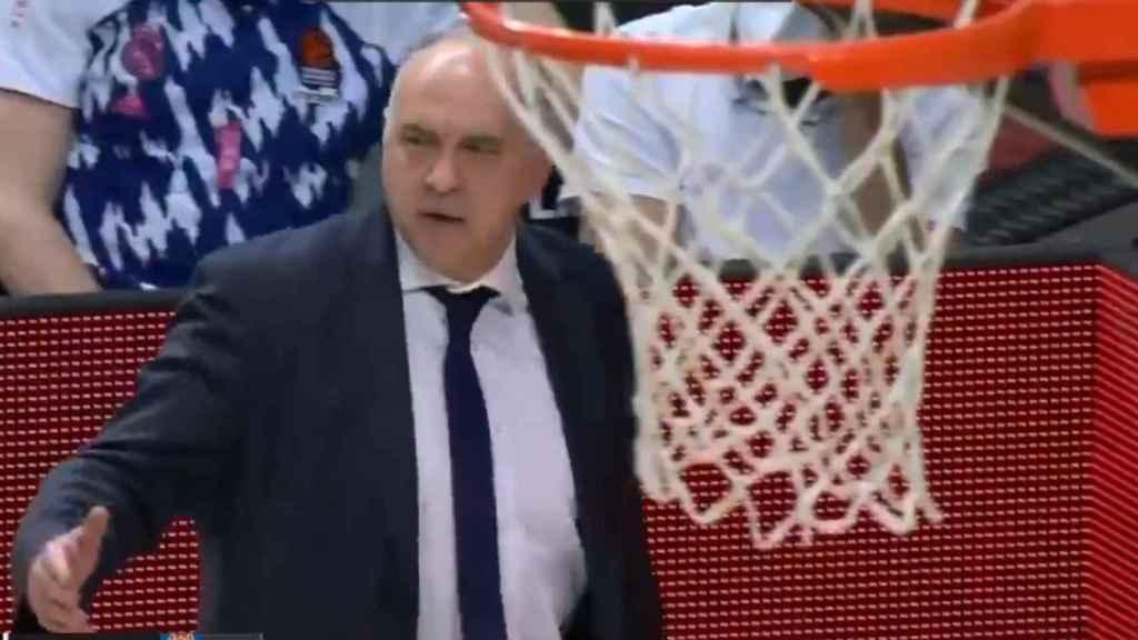 Pablo Laso, muy enfadado con los árbitros en la Euroliga