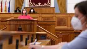 Ana Guarinos, presidenta del Grupo Parlamentario Popular, durante su intervención este lunes en las Cortes regionales