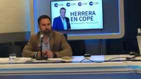 El líder de Vox, Santiago Abascal, este martes en una entrevista en COPE.