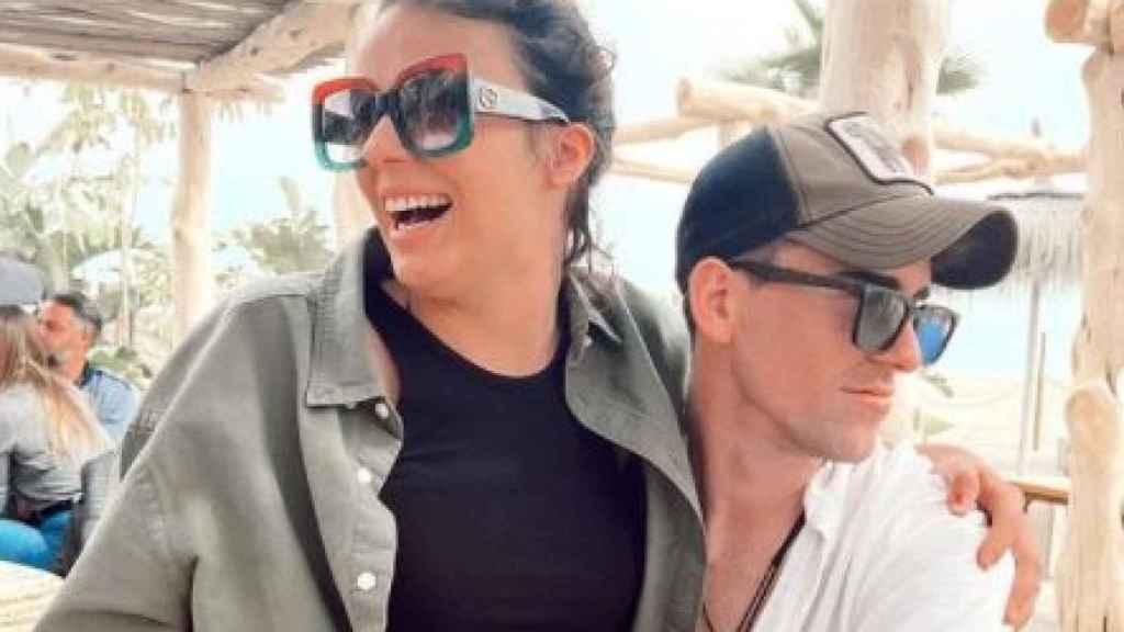Zayra y su nueva pareja, Miki, en una imagen de sus redes sociales.