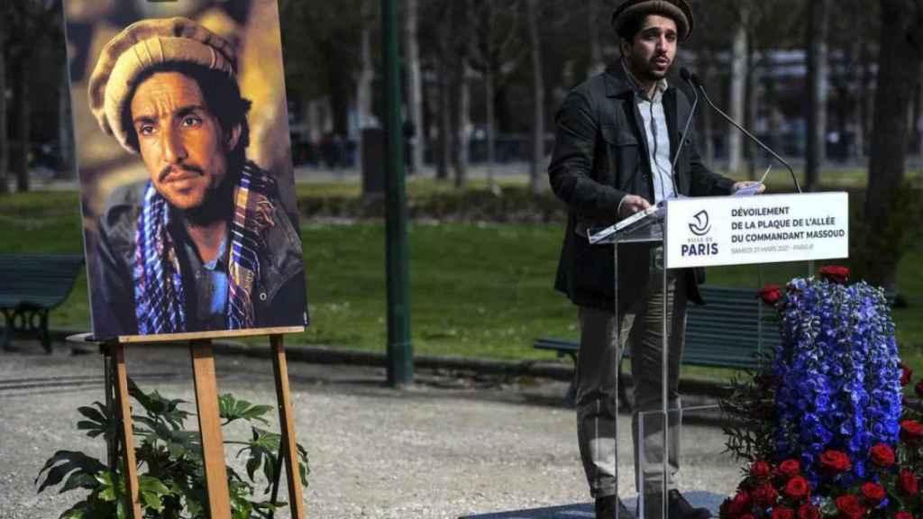 Ahmed Masud en el homenaje a su padre, Ahmed Shah Masud, en París.