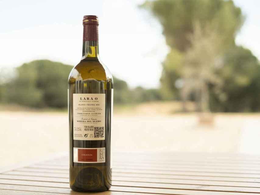 La primera contraetiqueta Crianza para vino blanco de la D.O. Ribera del Duero.