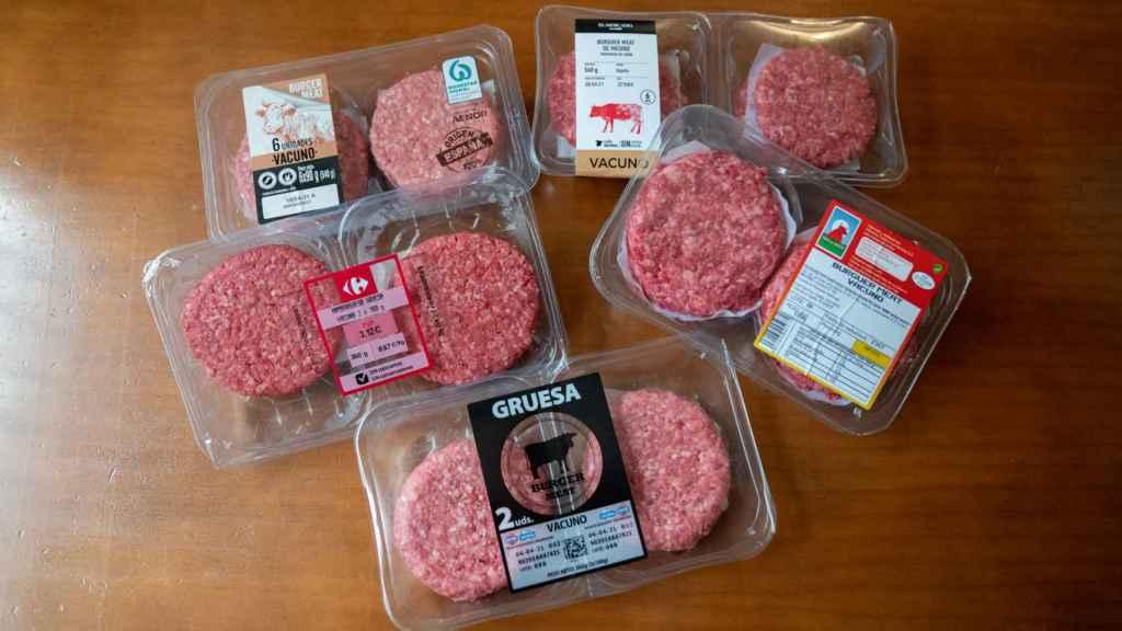 Las cinco hamburguesas de los supermercados testadas en la cata.