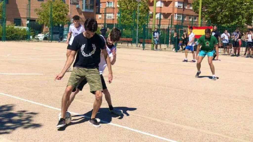 El primer campeonato de fútbol organizado por Bastión Frontal.