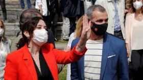 La presidenta de la Comunidad de Madrid, Isabel Díaz Ayuso; y el 'número 5' del PP para el 4-M, Toni Cantó.