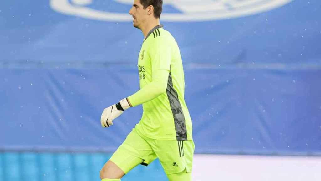 Thibaut Courtois, en un partido del Real Madrid en la temporada 2020/2021