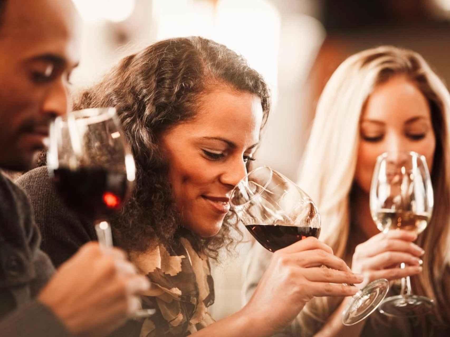 Para catar un vino no hace falta ser un experto.